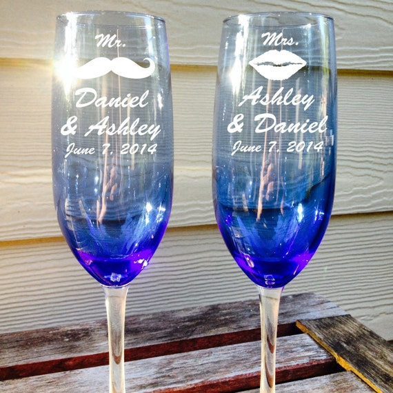 toasting flutes personalized wedding twisted stem wedding toasting