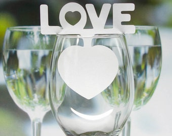 """LOVE with HEART"""" name place card for wine glass wedding Party"""