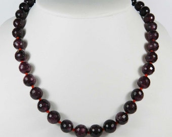 Faceted 10mm Garnet Gemstone Round Beads Necklace 18""