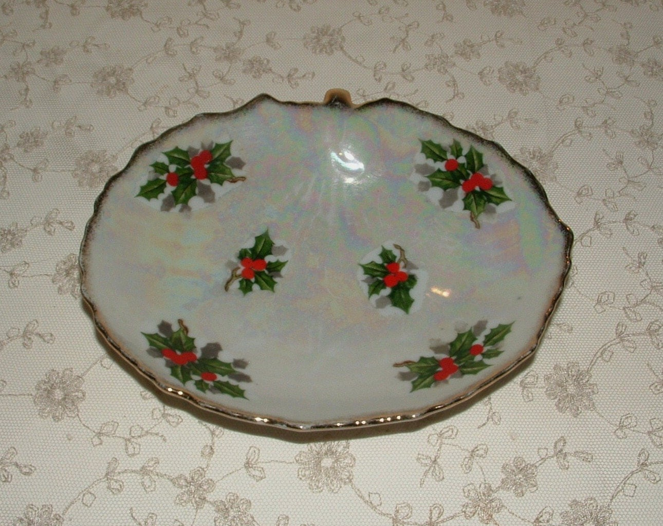 Christmas candy serving dish s ucagco holly by