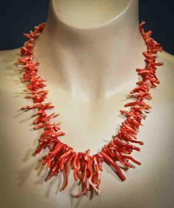 Vintage Fifties Hawaiian Coral Branch Necklace / Mid Century / All Natural Ocean Coral