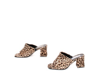 size 7 LEOPARD print faux fur 80s 90s CLOGS slip on mules chunky heels