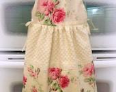 Cottage Kitchen towel  OVEN Sun DRESS Retro Barefoot roses Pink on ivory ecs rdtt svfteam