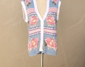 80s sweater vest / pastel light blue pink roses / preppy secretary spring fashion / embroidered satin ribbon / Cottage chic / medium