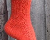 PDF - Indian Feather Sock Pattern - side design