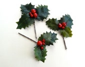 holly hair pins, Christmas hair clips, holiday hair accessories, girls christmas hair, holly and ivy, floral hairpiece, red hair piece