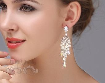 Chandelier Bridal Earrings, Pearls Crystals Wedding Earrings, Vintage Rhinestone Wedding Jewellery, Ivory White Swarovski Bridal Jewelry