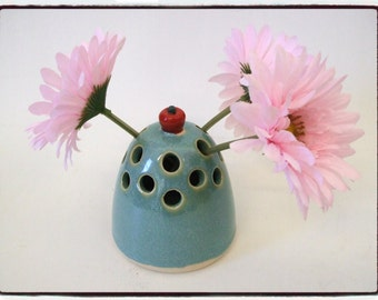 Flower Vase/Pencil Holder with Red Apple by misunrie