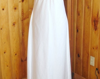 Adorable and summery Regency gown---Size 6