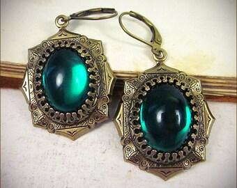 Medieval Earrings, Emerald Renaissance Earrings, Green Earrings, Garb, Tudor, Gothic Victorian Jewelry, Victorian Earrings, MedCol
