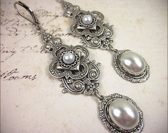 Medieval, Renaissance, Tudor, White Pearl, Medieval Jewelry, Queen, Wedding, Garb, Bridesmaid Earrings, SCA, Avalon