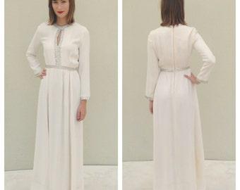 Vintage Formal Dress White Dress Long Sleeved Dress Rhinestone Dress White Formal Gown White Prom Dress Homecoming Dress Long Dress