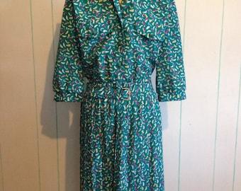 Green Brushstroak Dress Size 12
