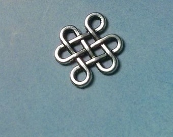 SALE - 10 infinity knot connectors, silver tone, 17mm