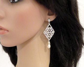 Crystal Bridal earrings, Wedding jewelry, Pearl Wedding earrings, Chandelier earrings, Rose gold, Swarovski earrings, Pearl drop, EMILY
