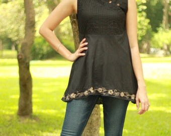 SALE 29 USD--B139--Flowers all around(cotton vest with pleats and flower embroidery)