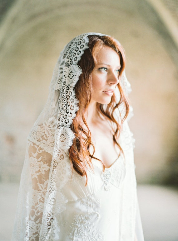 Wedding Veil, Lace Mantilla Veil, Lace Wedding Veil, Long Veil, Lace Cathedral Veil, Ivory Bridal Veil - Style 301
