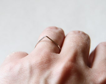 14k SOLID White Yellow or Rose Gold Teardrop - Simple Thread of Gold - Tiny Hammered Stack Ring - Skinny and Thin