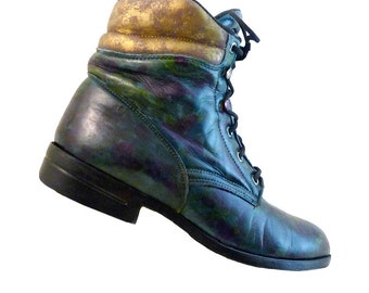 Vintage Boho Combat Ankle Boots // Woman Size 7.5 Laredo Leather // Monet Hand Painted // Romance Blue Green Purple Gold // Festival Wedding