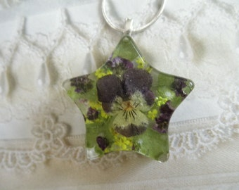 Pansy,Alyssum,Queen Anne's Lace Pressed Flower Resin Star Pendant-Gifts Under 30-Symbolizes Loyalty, Worth Beyond Beauty, Peace-Nature's Art