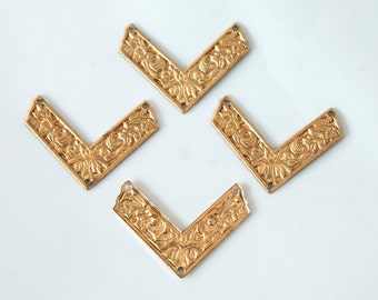 4 Vintage 1970s Brass Arrow Stampings // Attachments// NOS