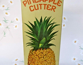 Vintage Pineapple Cutter with Plastic Handle in Original Box