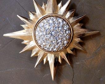 Swarovski Starburst Brooch Pin 50+ Brilliant Diamante Crystals Gold Plated Setting Swan Logo Amazing Gift Keepsake Love Token