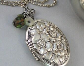 Sage And Flowers,Necklace,Green Locket,Green Flower,Silver Locket,Silver Necklace,Woodland,Antique Locket,Sage,Vintage  valleygirldesigns.