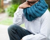 Teal Green Chunky Circle Infinity Scarf, knit scarf, Teal scarf