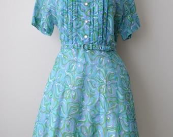 """SALE Vintage 50s Teal Blue Floral Cotton Day Dress size M/L 36"""" Waist"""