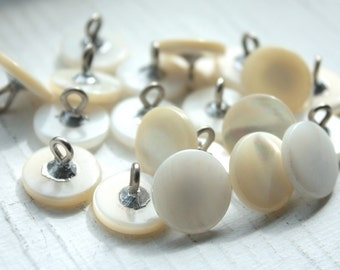 12 Vintage 1950s Mother of Pearl Metal Shank Buttons// 14mm// 40s 50s White Buttons// New Old Stock