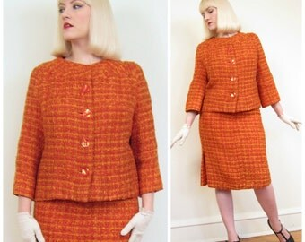 Vintage 1960s Skirt Suit in Orange Wool Boucle / 60s Jacket and Skirt Set / Large