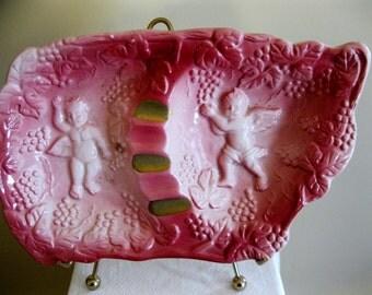 Ridiculously kitschy vintage ashtray