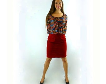 Red Suede Skirt, Bright Red Pencil Skirt, Vintage 1980s 26 Inch Waist (66 cm waist)