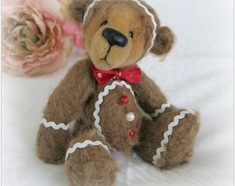 Instant Download PDF Pattern - Ginger Bread Artist Bear by Bosley Bears