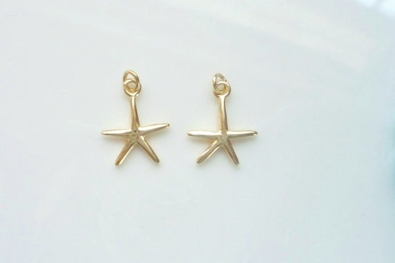 2 pcs Vermeil Starfish charms. pendant (16x12mm)