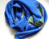 Cartier Vintage Scarf - Must de Cartier Silk Huge Foulard - Blue with Jewelry - Emeralds and Diamonds