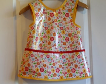SALE 20% OFF Kids 4/5 Criss Cross Back Long Girls Art Smock Art Apron with Small Pink and Yellow Flowers