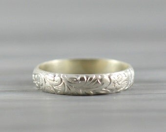 Wedding Ring for Men or Women - Floral Wedding Band in Sterling Silver - Handcrafted Wedding Ring Anniversary Band - Made in your size