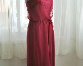 Stunning 1970's Slinky Chiffon Formal Gown in Wine Red, Bridesmaid, Prom Dress,  Size Small