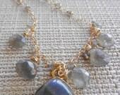 Labradorite Bezel Set Charm Necklace, Labradorite Gold Charm Necklace, Labradorite 14k Gold Filled Cluster Necklace, Gray Gold Necklace