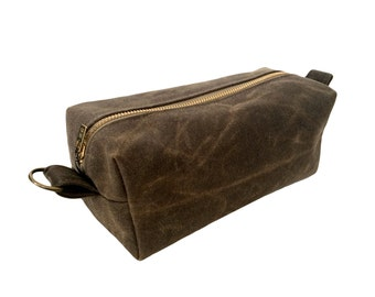Waxed Canvas Toiletry Bag - Stone
