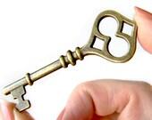 10 Antique Brass Skeleton Keys Pendants | Bronze Vintage Keys Charms | Wedding Key Pendants 60x21mm - Lead, Nickel & Cadmium Free 65634.H5F