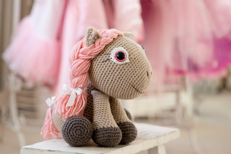 Ponytail Amigurumi : PATTERN Pony girl Leila crochet pattern amigurumi pattern