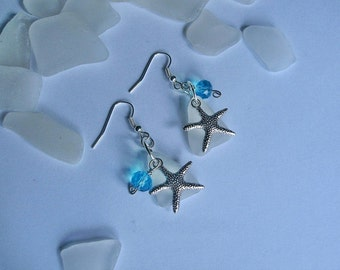 Beach glass earrings with starfish. Beach sea glass jewelry. Dangle earrings.