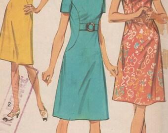 1971 Misses' Dress Simplicity 9383 Size 12 1/2 Bust 35