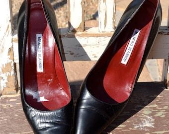 Authentic Black Leather Designer Manolo Blahnik BB Pumps Heels Size 9 Euro 39