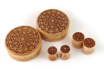 "Bursting Star Mandala Maple Wooden Plugs 2g (6.5mm) 0g (8mm) 00g (9mm) 7/16"" 1/2"" 9/16"" 5/8'' (16mm) 3/4"" (19mm) 7/8"" (22mm) 1'' (25.5mm) +"