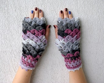 Fingerless Gloves Crochet mittens in white grey gray pink, arm warmers, winter gloves, costume gloves, armwarmers, Ladies mitts,