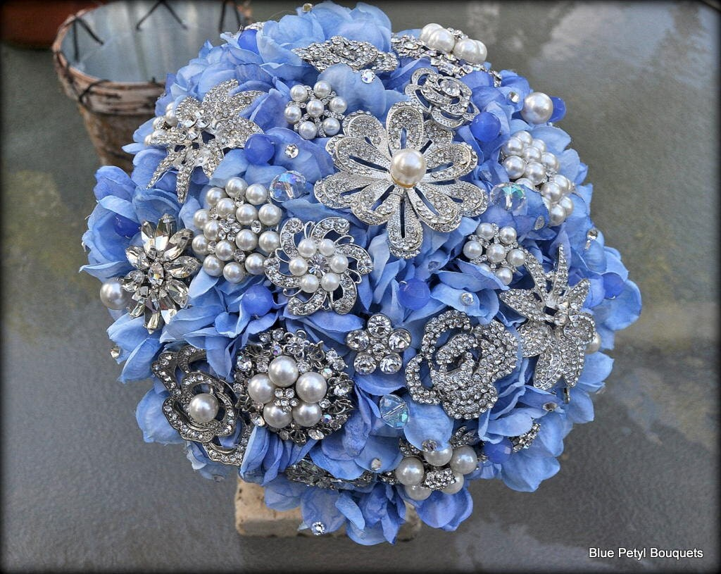 Items similar to light blue paper hydrangea bouquet, 100 ... |Light Blue Hydrangea Bouquet